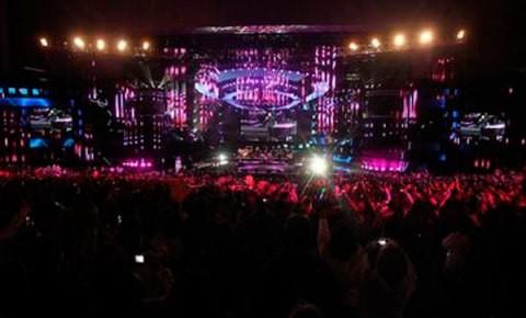 Chilevisión cambia director del Festival de Viña para 2013: asume Hernández