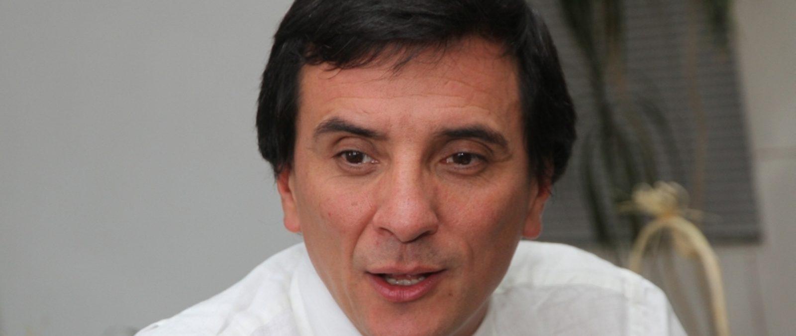 Ricardo Millan es nombrado nuevo Intendente de Los Rios