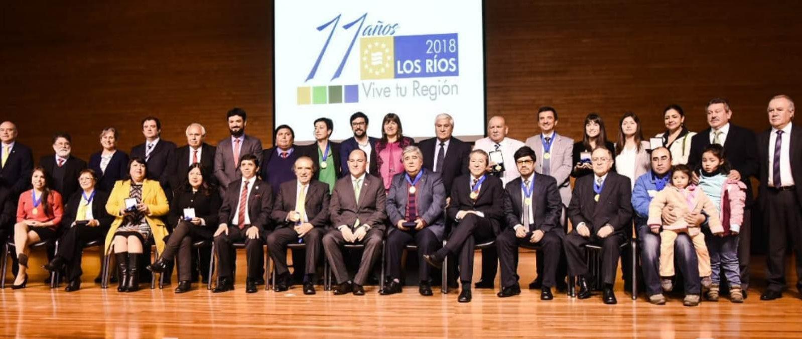Gobierno Regional homenajeó a personas e instituciones por su aporte al territorio en nuevo aniversario de Los Rios