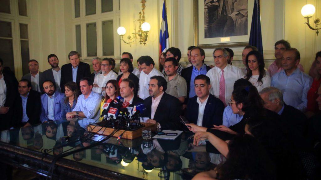 Firma por la Paz y la Nueva Constitución