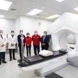 Subsecretario de Redes Asistenciales visitó instalaciones del nuevo Acelerador Lineal del Hospital Base de Valdivia